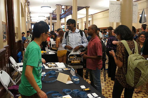 Volunteers are available to answer any questions incoming students have